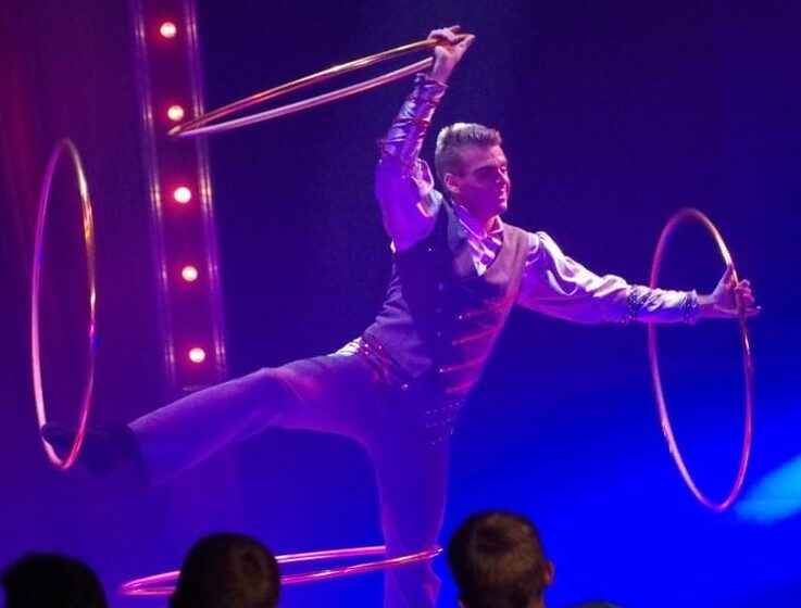 Why Benjamin's circus act should be booked for your shows in The Netherlands ?