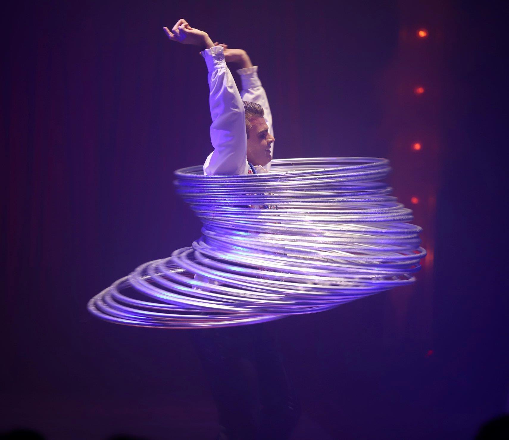 Benjamin Flame, a real passionate circus performer
